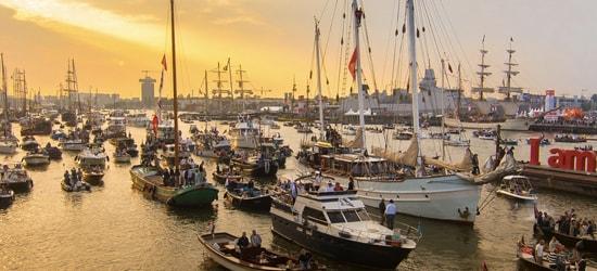 Sail boat rent