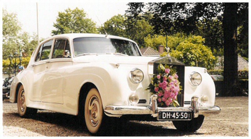 Trouwauto voor een unieke trouwdag in Amsterdam