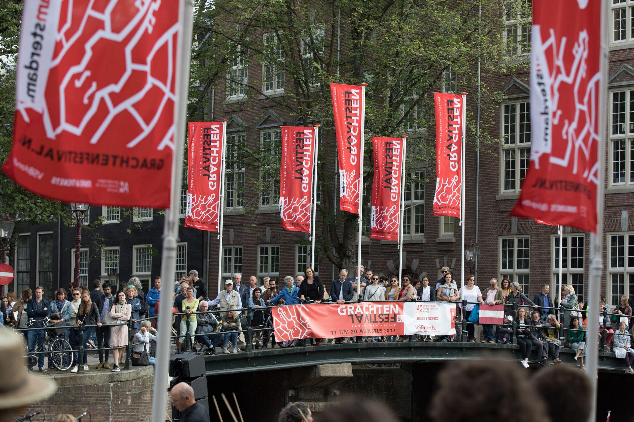 Boot huren bij Grachtenfestival Amsterdam
