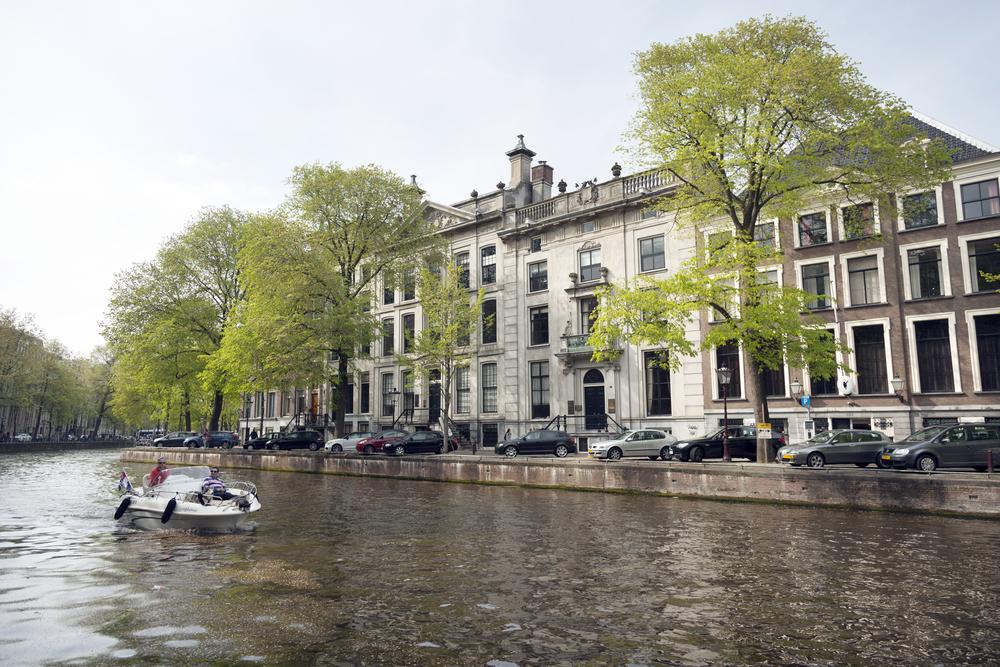varen op de amsterdamse grachten