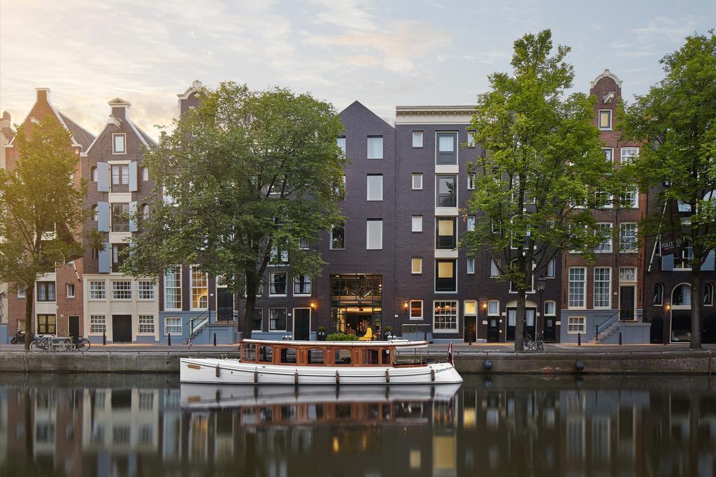 Vaar door de grachten van Amsterdam