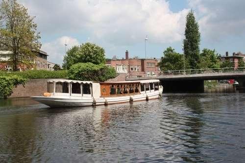 Лодка для каналов Proost van St Jan