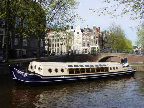 Canal barge 't Smidtje