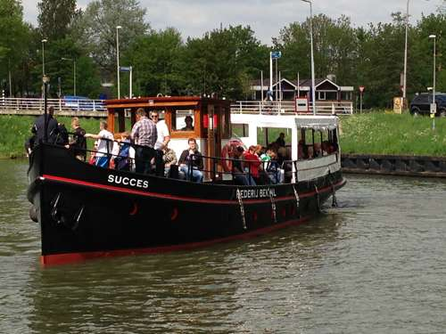 IJ boat Succes