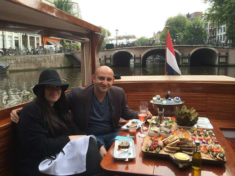 Canal boat Zonneboot