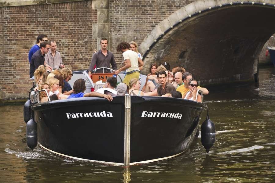 Open boat Barracuda