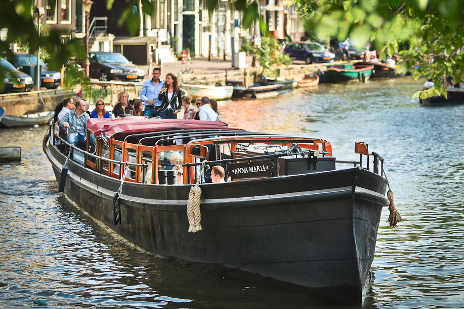 Rent 60 persons Canal barge Anna Maria via Rent A Boat Amsterdam