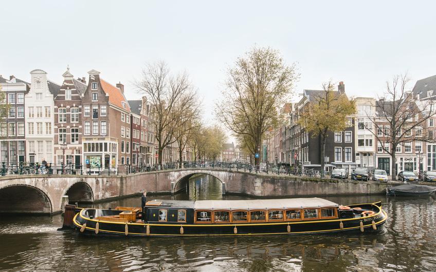 Canal barge Bota Fogo