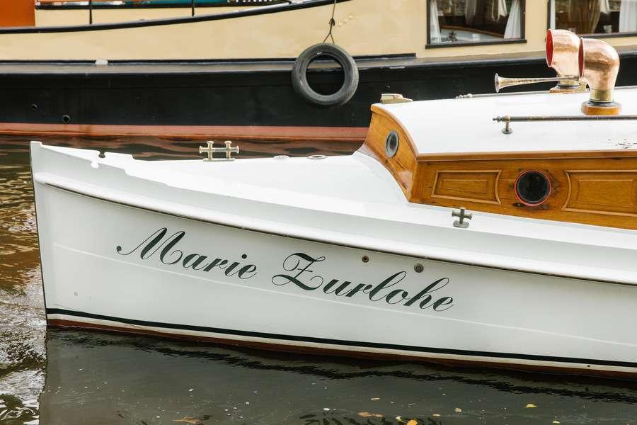 Canal boat Marie Zurlohe