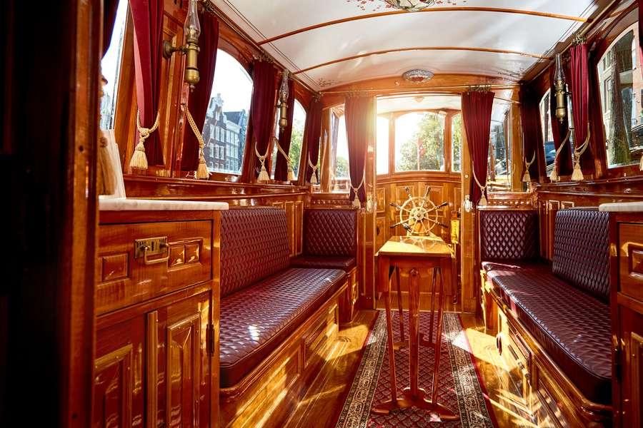 Salonboot De Tourist